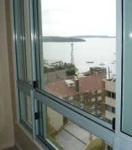 Hotel Soundproof window